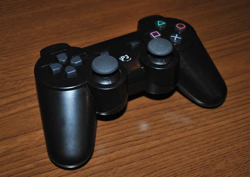 格安PS3のコントローラー(黒色)の写真