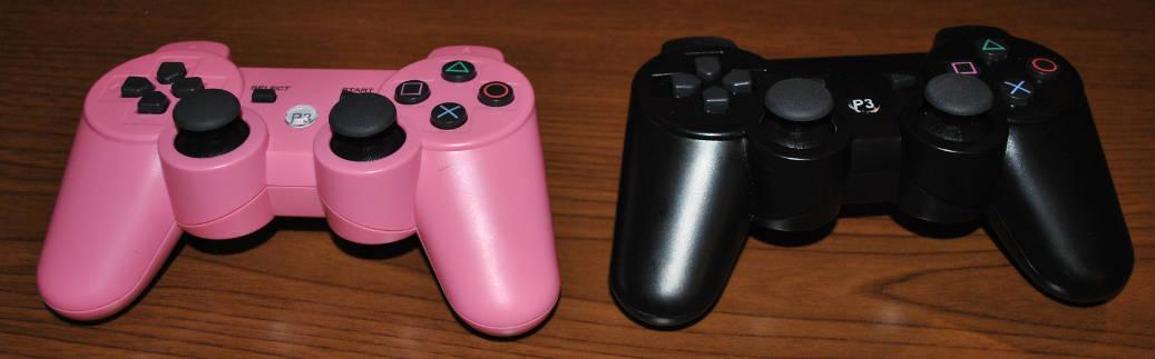 格安PS3のコントローラー(ピンク色&黒色)の写真
