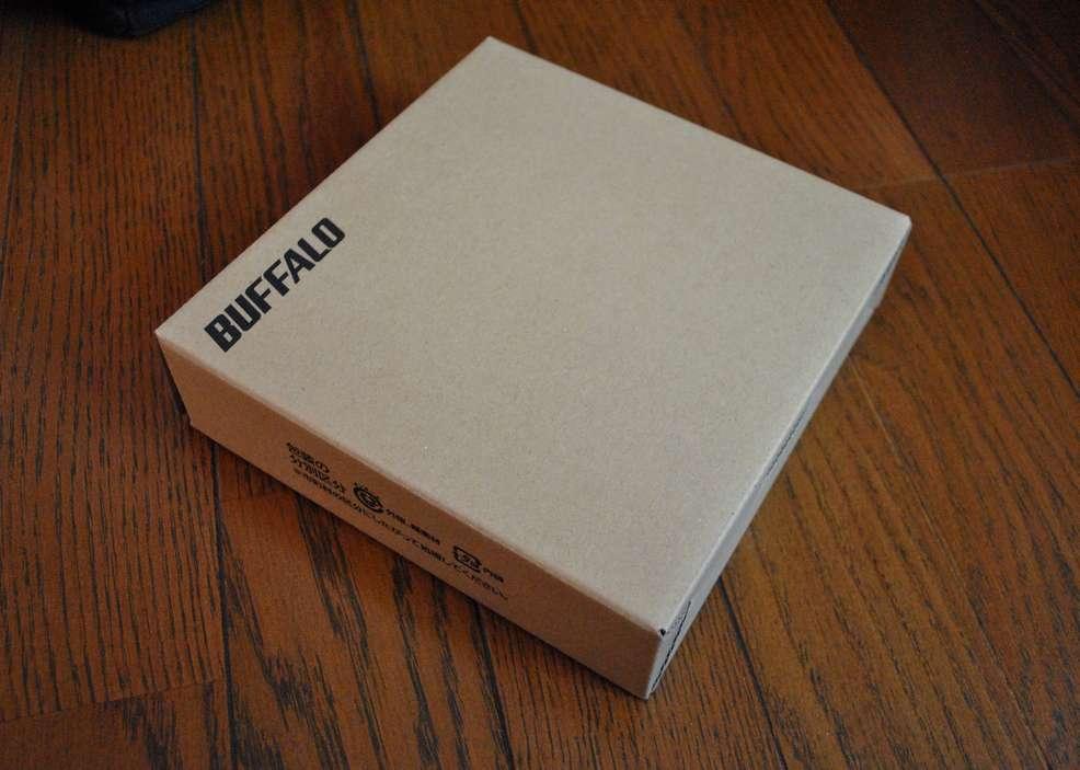 バッファローの外付けBlu-rayドライブ「BRXL-PC6VU2/N」のパッケージ写真