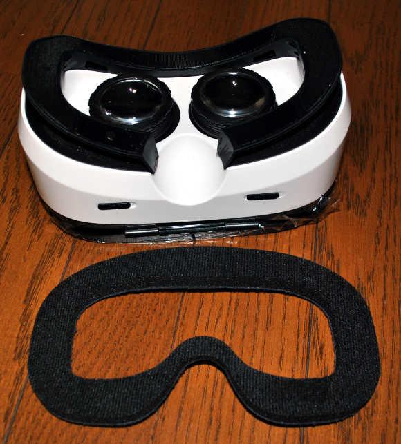 VOX gear+ 3DVRゴーグルの外観の説明2