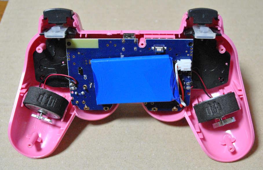 PS3コントローラー分解後の接近写真